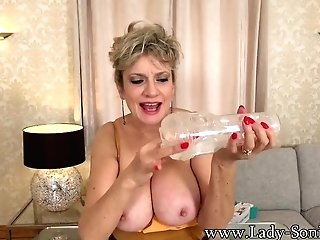 Big Tit Matures Lady Sonia Wants To See You Wank