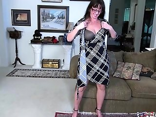 Usawives Matures Gonzo Point Of View And Fucktoys Getting Off