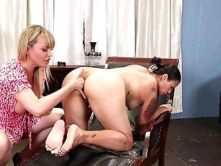 Dana Vespoli And Dana Dearmond Love Amazing Lesbo Practice