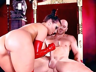 Evil Rachel Starr Ro;e Have Fun Pornography With A Muscular Man