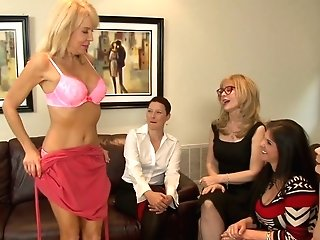 Skilled Lezzie Nina Hartley Arranges Dirty Orgy At Home