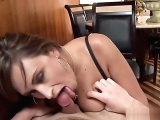 Sexy Cougar Luvs Xxx Deepthroat Blow-job
