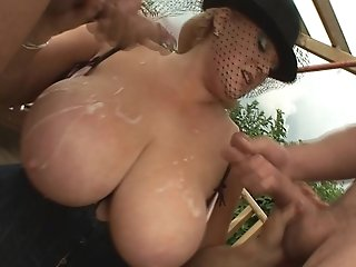 Two Gardener Hook-up With A Blonde Bbw In The Field
