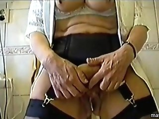 Dirty Grand-ma Betty Cherishes Her Cunt