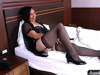 Matures Whore Wifey Andrea Is Cheating On Her Spouse With A Cable Stud