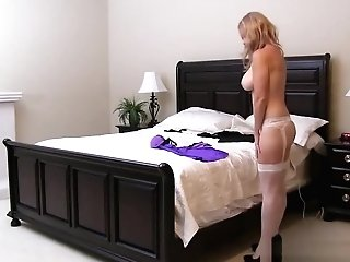 Supah Step Mom Totally Tabitha Gives Bj Well Hot Dad's Friend