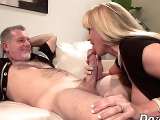 Cougar Wifey Olivia Parrish Fucks Old Man