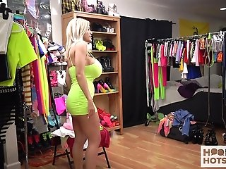 Blonde Bitch With J-cup Breasts Amber Alena Is Switching Her Clothes