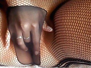 Alysha Masturbating In Pantyhose