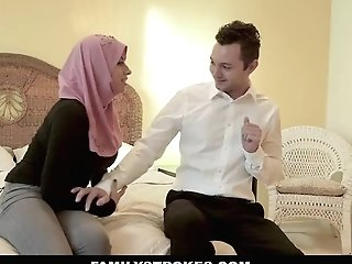 Familystrokes - Chesty Chick Rails Fat Rod In Hijab