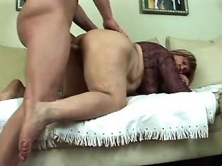Matures Brown-haired Effie Longing For Hard Penis Deep Inwards Her Cunny
