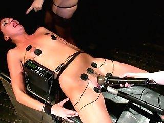Aiden Starr & Bobbi Starr & Isis Love & Cassandra Nix In Make Us Jizz Fuckslut - Electrosluts