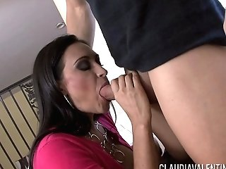 Getting Claudia Valentine Naked To Dip His Boner Into Her Cunny