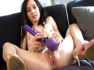 Black-haired Mummy Drills Her Butthole With Fuck Stick