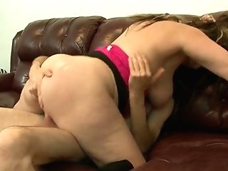 Big Boobed Hooker Railing Matures Dude In A Cowgirl Position