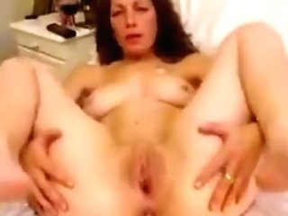 Horny Brown-haired Gets Deep Ana...