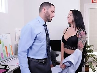 Office Biotch Katrina Jade Hooks Up With Hot Blooded Manager's Assistant