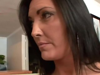 Bigtitted Stepmom Pussylicking Taboo Teenager