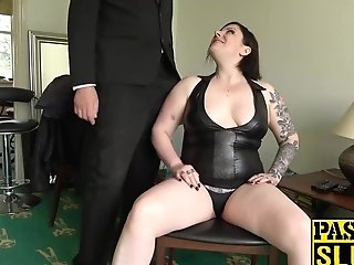 Black-haired Chubby Elouise Fervor Playing With Cunt For Pleasure