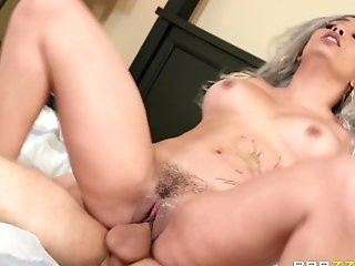 Bathroom Tit-fucking And A Gonzo Missionary Fuck With Teenager Aaliyah Hadid
