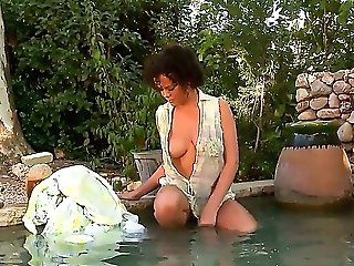 Chachita Spreads Her Gams To Fuck Herself, Take Fuck Stick In Her Dribbling Moist Raw Spot