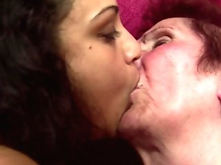 Old Whores Fuck Youthfull Femmes With Pissing