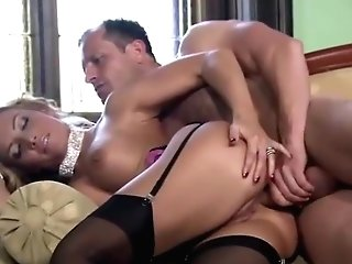 Glamour Mummy Is Getting Fucked