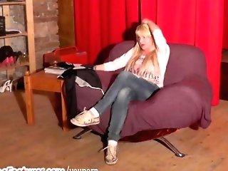 Wild Czech Mummy Shows Her Big Bra-stuffers At The Casting