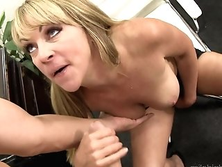 Blonde Likes Fresh Hot Sperm Love Juice All Over Her Face