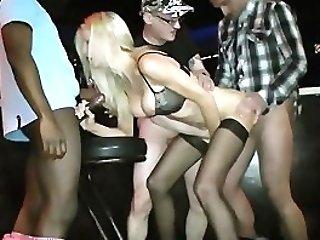 Barfuck Emma Starr