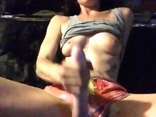 Hottie Plays With Dildo And Her Puss