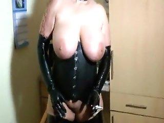 Bizarre Spandex-lady - Perverse Piss