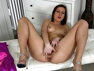 Lonely Mummy Mischelle Frigs Herself And Reaches Orgasm