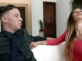 Stud Fucks Wifey While Cuck Spouse Witnesses