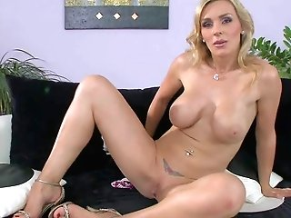 Tanya Tate Is One Flawless Bodied Mummy Stunner With Giant