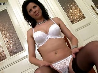 Hot Real Mom And Housewife Shows Off Her Sexy Assets