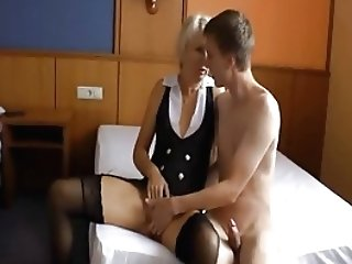 Youthfull Dude Fucks Hot Mummy
