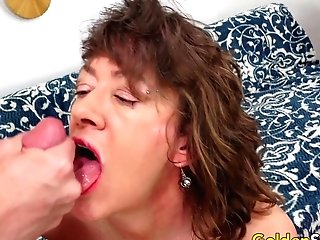 Older Stunner Morgan Is An Experienced Mega-slut