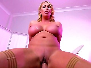 Crazy Xxx Fuck-a-thon With Her Sonnie For Leigh Darby