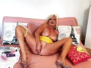 Gear Time With Intense Orgasms For Ms Paris Rose