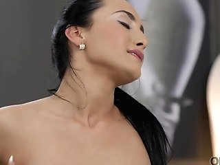 Old4k. Comely Dark-haired Makes Love With Old Inamorato After..