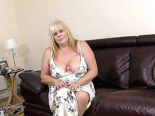 Buxom Blonde Matures Brit Bbw Mummy Crystal Maidstone Masturbates