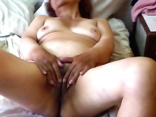 Granny Olga Getting Off - Abuela Olga Masturbacion