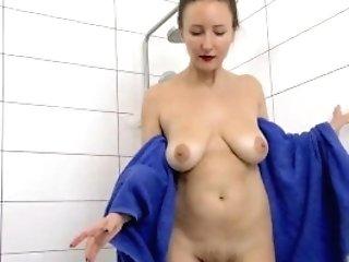 Solena Sol Luvs A Sexy Bath And Masturbates