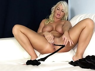 Bosomy Towheaded Cougar In Underwear And Stockings London Sea Plays With Yummy Fuck Hole