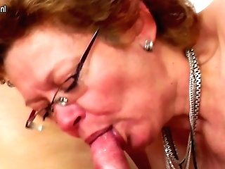 Crazy Matures Hoe Fucking Her Boy Plaything - Maturenl