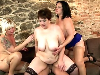 Mature Queens Moms Sharing Young Lucky Boy