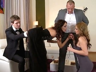 Addicted To Fuck-fest Cougar Abbie Cat Arranges Dirty Orgy At Home