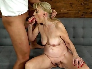 Youthful Student Fucks Fuckfest-appeal Cougar Szuzanne And Cums On Her Cootchie