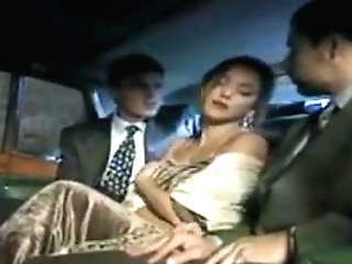 Posh Lady Fucked Two Big Spunk-pumps In A Luxuary Car